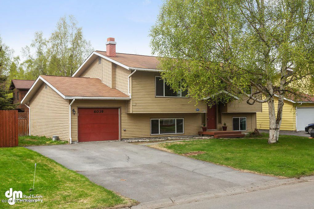 Beautiful 3 Bedroom Single Family Home for RENT!